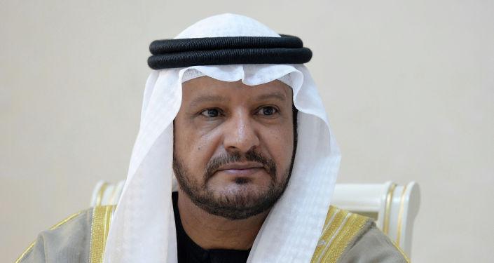 Генеральный директор благотворительного и гуманитарного фонда им. Шейха Заеда бин Султана Аль Нахаяна (ОАЭ) Хамада Салема Кардоус Аль-Амери во время встречи с президентом КР.