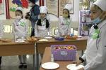 Более семи лет в Кыргызстане действует Программа оптимизации школьного питания. Ее реализует Минобрнауки КР вместе с ВПП ООН и Институтом отраслевого питания при финансовой поддержке России.