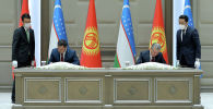 Президент Садыр Жапаров менен Өзбекстан Президенти Шавкат Мирзиёев