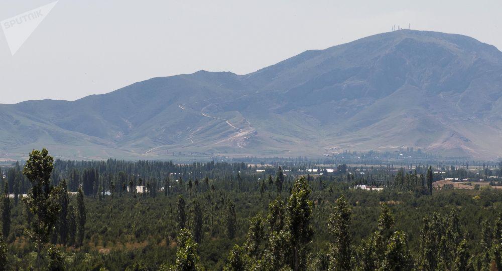 Гора Унгар-Тоо в Аксыйском районе. Архивное фото