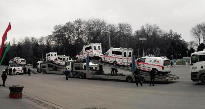 20 машин скорой помощи из Узбекистана поступили в Ош