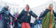 Бишкекте кышты узаткан Масленица белгиленди. Майрамдык шаңдын сүрөттөрү