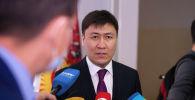 Билим берүү жана илим министри Алмазбек Бейшеналиев. Архив