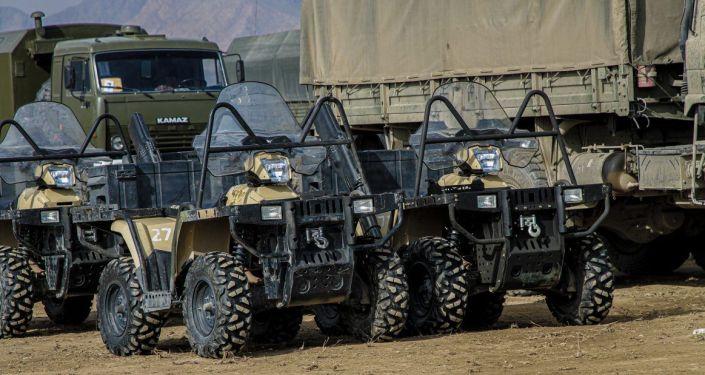 Военная техника выстроенная для командно-штабных и мобилизационных учений Коопсуздук-2021 и Формирование Юг-2021