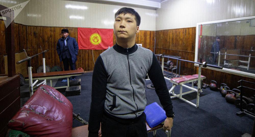 Азиянын чемпионатынын армрестлинг боюнча коло медалынын ээси Канат Абдыжапаров