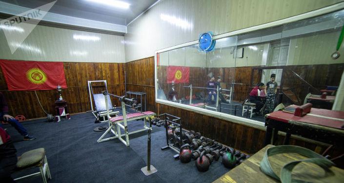 Вид на тренажерный зал для лиц с ограниченными возможностями здоровья после обновления