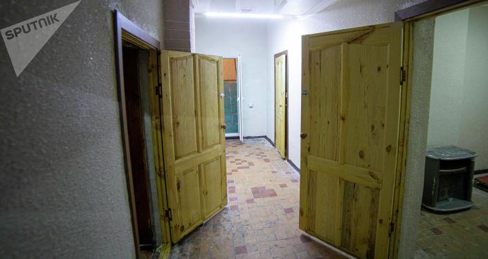 Вид на комнаты в тренажерном зале для лиц с ограниченными возможностями здоровья после ремонта