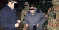 В Токмоке задержан следователь ОВД Чуйского района по подозрению в вымогательстве и получении взятки