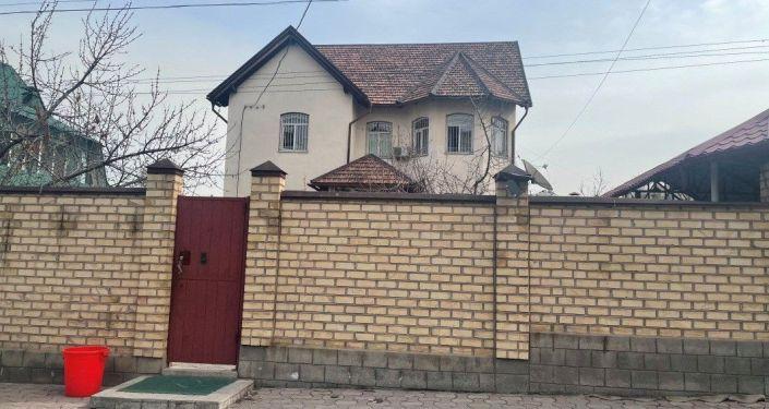 Особняк который, по версии следствия, может принадлежать депутату Жогорку Кенеша Марату Аманкулову