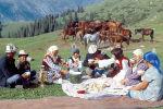 Жылкычы Асеин Мамбетов үй-бүлөсү менен, 1978-жыл