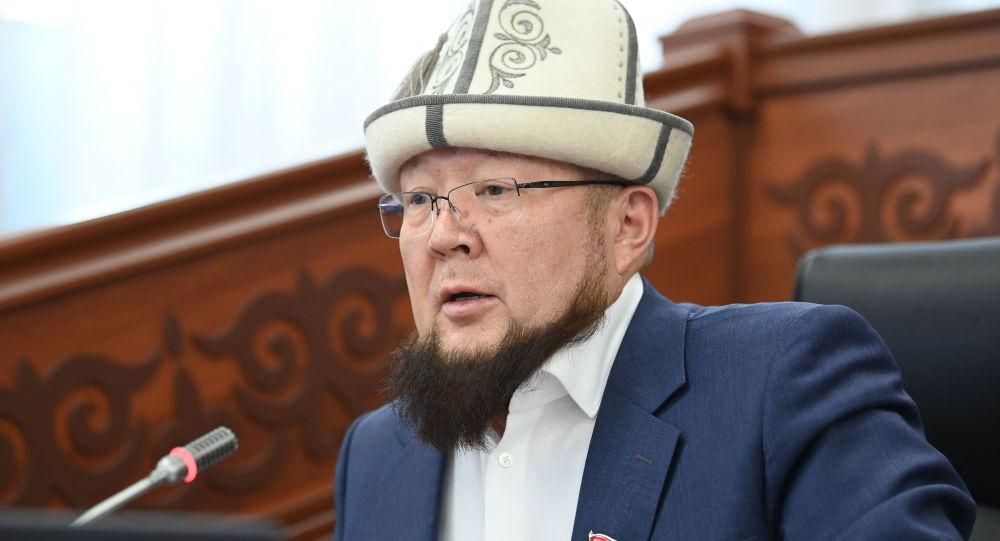 Депутат Аккулу Бердиев. Архив