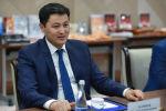 Министрлер кабинетинин төрагасы Улукбек Марипов. Архивдик сүрөт