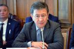 Мурдагы биринчи вице-премьер Аскарбек Шадиевдин архивдик сүрөтү