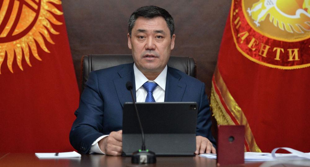 Президент Кыргызстана Садыр Жапаров в рабочем кабинете. Архивное фото