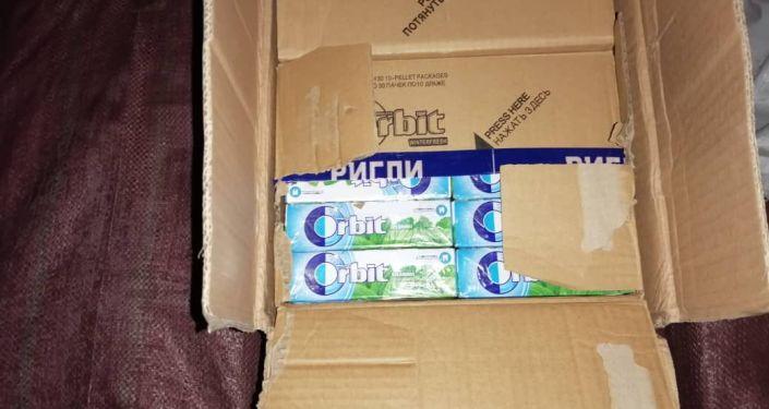 Контрабанда товаров задержанная на кыргызско-узбекской границе. 02 апреля 2021 года