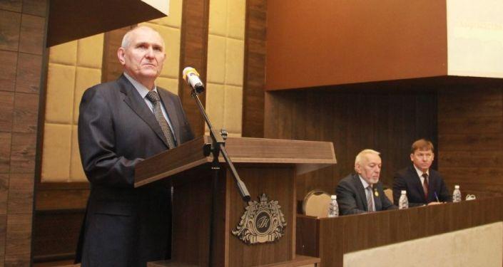 Посол РФ Николай Удовиченко выступает на XII страновой конференции российских соотечественников Кыргызстан и Россия — новые форматы сотрудничества