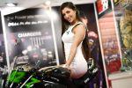 Модель на выставке гоночной индустрии MotorsportExpo 2021 в Москве