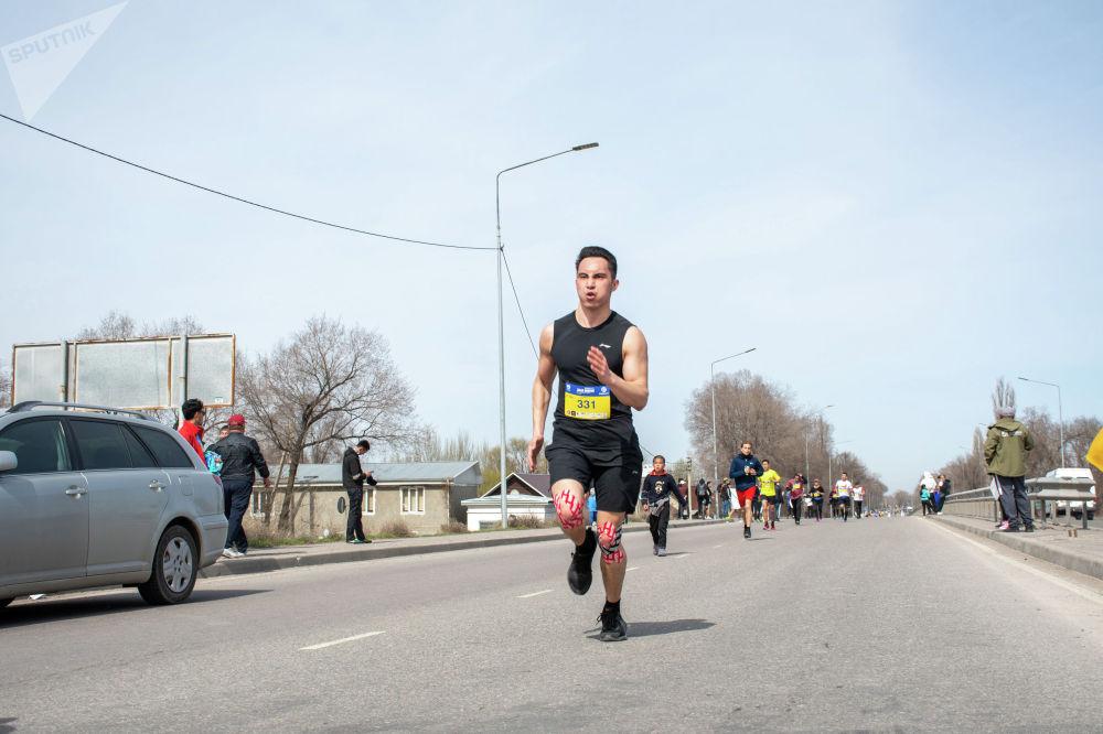 Быйыл жарым марафондук аралыкка чуркагандар арбын болду