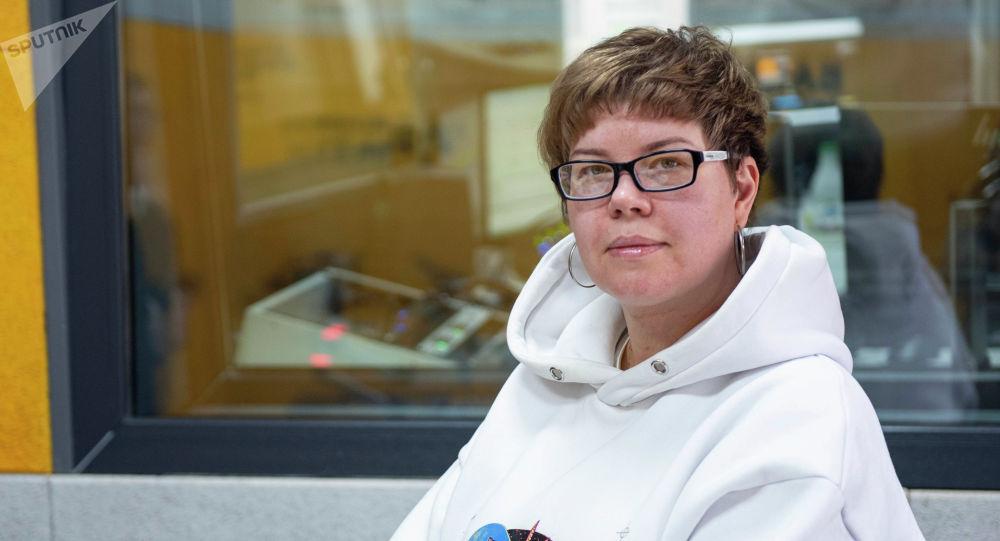 Директор одной из крупнейших швейных компаний страны Елена Лаврик на радио Sputnik Кыргызстан