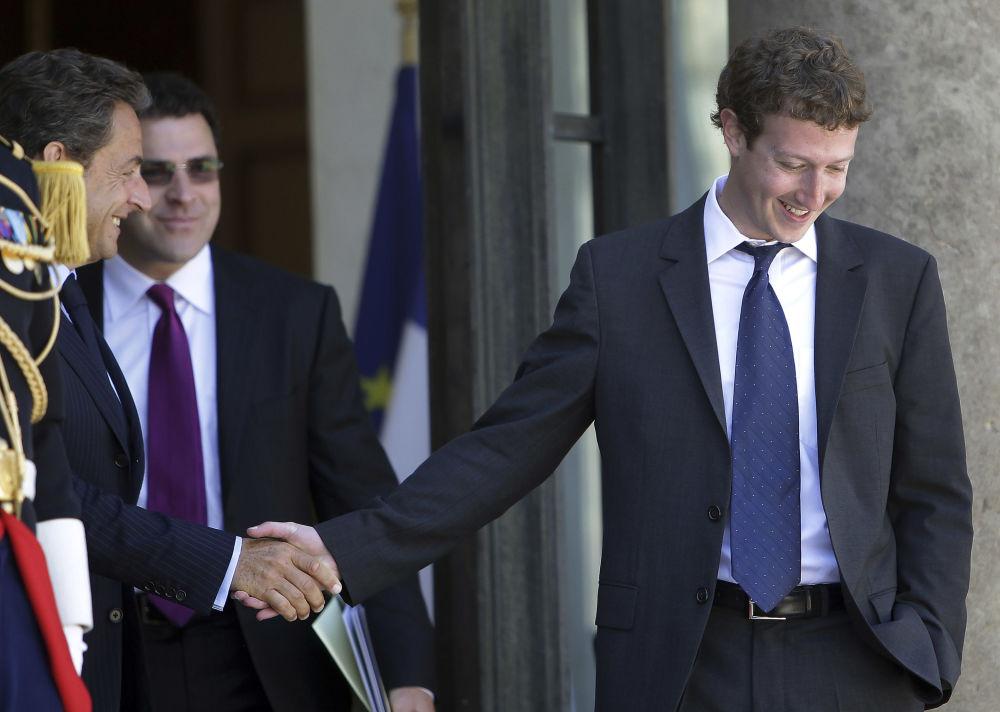 На пятом месте Марк Цукерберг — у основателя Facebook 97 миллиардов долларов