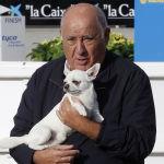 Испанец Амансио Ортега основал корпорацию Inditex, которая управляет рядом глобальных брендов, самый известный из которых — Zara
