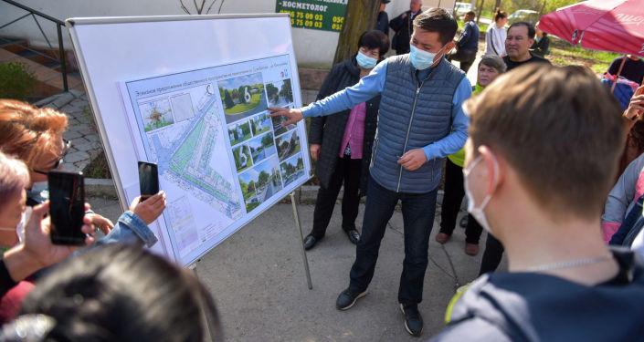 Эскизы будущего сквера на пересечении улиц Сухэ-Батора и Юнусалиева в микрорайоне №6.