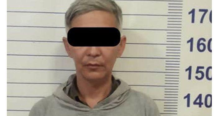 Задержан 44-летний подозреваемый в нападении с ножом на девушку в Бишкеке. 11 апреля 2021 года