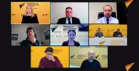 Мероприятие в формате видеомоста Москва — Бишкек — Ереван — Минск — Нур-Султан проходит в пресс-центре Sputnik. Участники обсуждают работу рынка такси в странах Евразийского экономического союза и нарушения правил конкуренции.