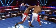 Оор салмактагы кесипкөй боксчу, нигериялык Эфе Аджагба Top Rank Boxing мелдешинде америкалык Брайан Ховардды нокаутка бүк түшүрдү. Анын оң колдоп, атаандашын баш тушуна уруп жыга чапкан видеосун бокс уюму өзүнүн YouTube каналына жарыялады.