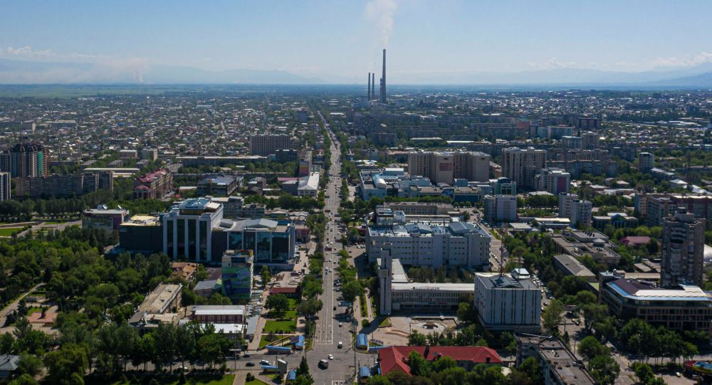 Вид с дрона на город Бишкек, после завершения режима чрезвычайного положения