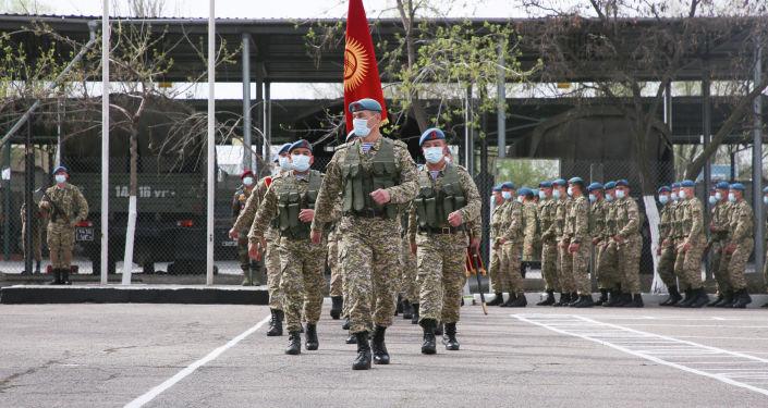 Солдаты кыргызского спецназа во время совместных учений с Индией Канжар VII в войсковой части № 10128 в Бишкеке. 16 апреля 2021 года