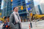 Торонтодогу PricewaterhouseCoopers-PwC команиясында аудитор болуп эмгектенген Айсулуу Алмазова