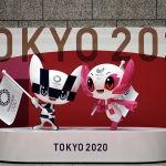 Токио Олимпиадасынын талисмандары Мирайва жана Сомэйти спорттук иш чарага 100 күн убакыт калганын белгилеген аземде. Токио Олимпиадасы коронавируска байланыштуу бир жылга жылдырылып, 23-июлдан 8-августка чейин өтөт. Бул иш-чара спорттун түрү (33) жана катергориясы (339) боюнча эң масштабдуу болушу керек