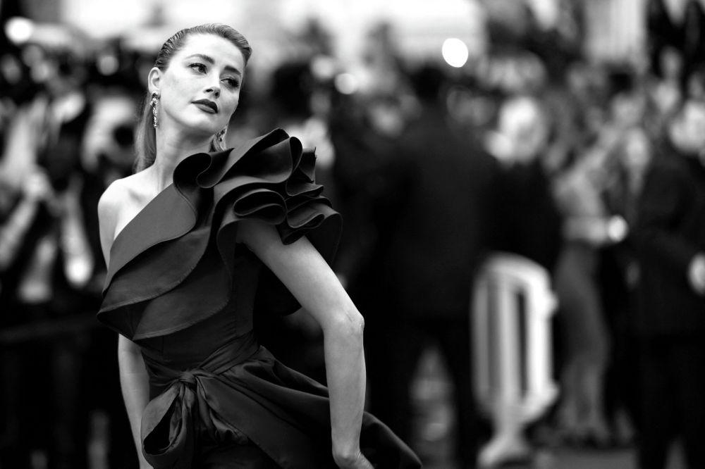 Американская актриса Эмбер Херд на показе фильма Dolor Y Gloria на 72-м Каннском кинофестивале в Каннах, на юге Франции, 17 мая 2019 года