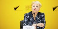 Профессор кафедры международных отношений КРСУ Лариса Хоперская