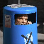 Экспонат, призывающий не мусорить