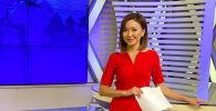 Диктор в общественном телеканале 28-летняя Чолпон Медетбекова во время передачи