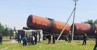 Поезд протаранил грузовик в Джалал-Абаде