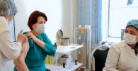 Коронавируска каршы вакцина алып жаткан бейтап