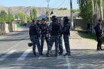 Кыргыз-тажик чек арасындагы ИИМ кызматкерлери