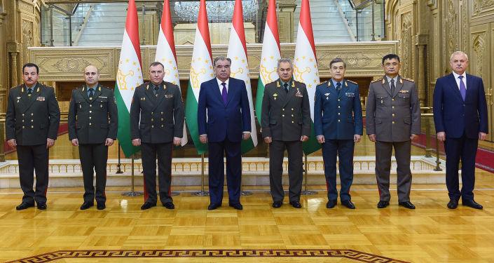 В Душанбе прошло заседание министров обороны государств ОДКБ. 27 апреля 2021 года