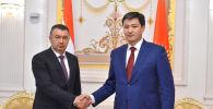 Кыргызстандын премьер-министри Улукбек Марипов менен Тажикстандын премьер-министри Кохир Расулзода