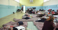 Вследствие конфликта на границе с Таджикистаном эвакуировали 25 тысяч кыргызстанцев. Сейчас они находятся в городе Исфане Лейлекского района Баткенской области.