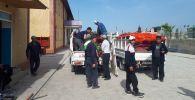 Люди возвращаются к селу Максат Баткенской области