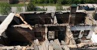 Sputnik агенттиги чек ара чырынан жабыркаган Лейлек районунун Максат айылынын азыркы көрүнүшүн тартты.