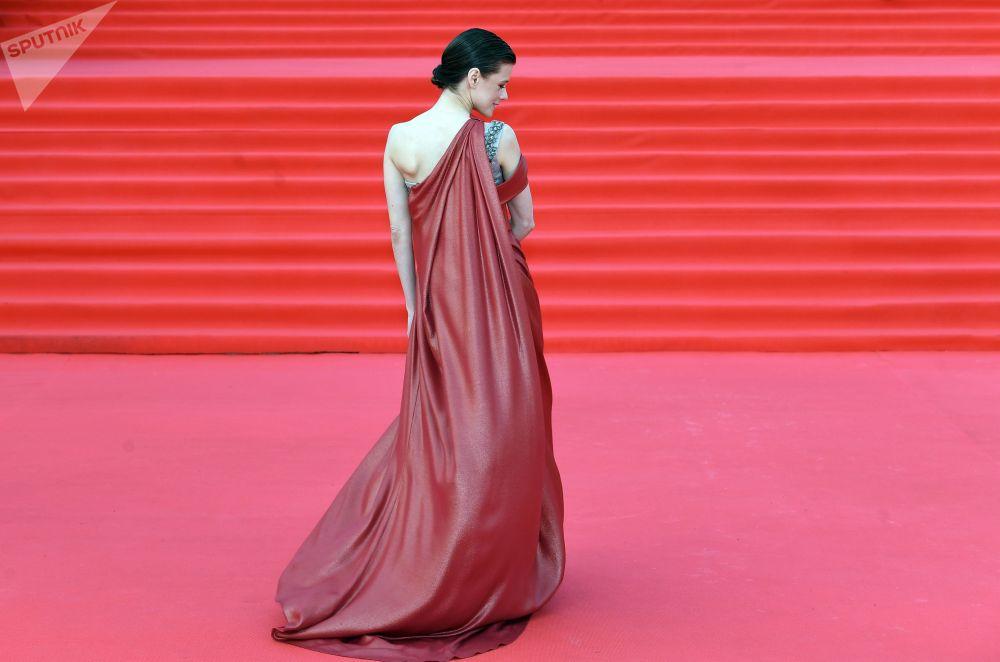 Актриса Екатерина Шпица на церемонии закрытия 43-го Московского международного кинофестиваля в Театре мюзикла.
