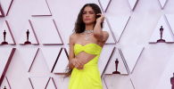 Американская актриса, певица, танцовщица и модель Зендая на красной ковровой дорожке премии Оскар.