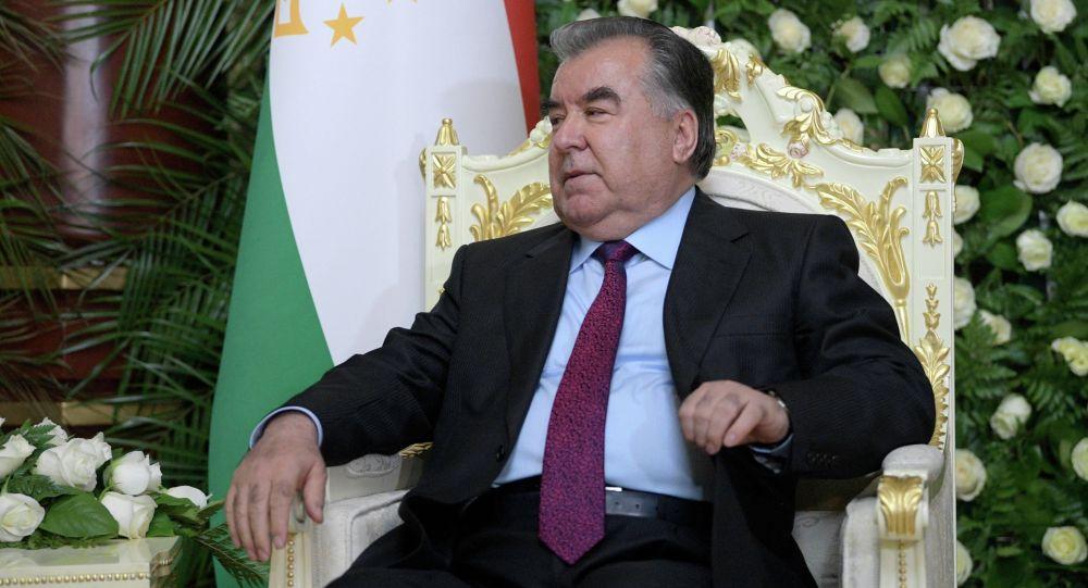 Тажикстан президенти Эмомали Рахмон. Архив