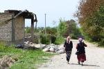 Лейлек районунун айылынын жергиликтүү тургундары