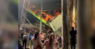 Мехикодо метрокөпүрөсү кулап, 23 адам каза тапты. РИА Новостиге кырсыктын видеосу жарыяланды.